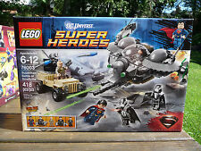 Lego 76003 SUPERMAN BATTLE OF SMALLVILLE Super Heroes 5 figs factory sealed NEW