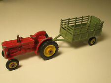 BM VOLVO TRACTOR RED / ROT + FARM TRAILER GRÜN GREEN VON HUSKY GT. BRITAIN 60s