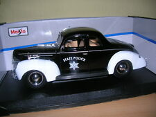 MAISTO 1939 Ford Deluxe state police police noir blanc, 1:18