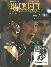 Beckett Hockey Monthly April 1993 Mario Lemeiux cover Joe Sakic back