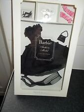 MATTEL BARBIE FASHION MODEL SILKSTONE BLACK ENCHANTMENT 55500 BOXED