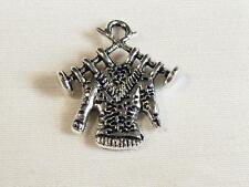 PACK OF 6 SILVER PLATED CHARMS - JUMPER ON KNITTING NEEDLES - 19mm........C409 *