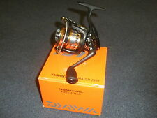 DAIWA Team MATCH tdm2508 Single Handle FRONT DRAG pesca con Mulinello + Bobina di ricambio