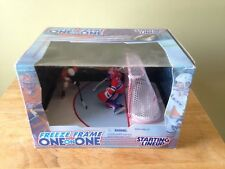 1998 STARTING LINEUP NHL FREEZE FRAME ONE ON ONE ERIC LINDROS & ANDY MOOG NIB