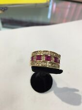 14 KT YELLOW GOLD RING WITH RUBIES AND DIAMONDS. B E A U T I F U L
