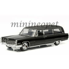 GREENLIGHT 18002 PRECISION COLLECTION 1966 CADILLAC S AND S LIMOUSINE 1/18 BLACK