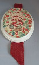 Vintage Strawberry Shortcake Ceramic plaque wall hanging 5.5 x 4.75
