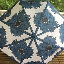 """Brighton D23425 Showers Of Flowers Blue White Daisy Floral 36"""" Umbrella NWT GIFT"""