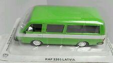 Modelcar raf 2203 latvia auto d'epoca de agostini russe 1 43 die cast