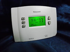 Honeywell RTH 2410 B Digital 5-1-1 Day Programmable Thermostat  Green display. R