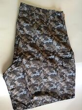 New Authentic Men's Calcutta Green Camo Board Shorts - Size 40