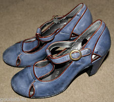 M&S women leather shoes size 3.5. Used ones.