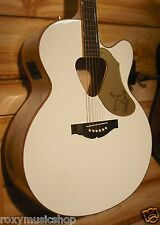 Gretsch® G5022CWFE Rancher Falcon Jumbo Cutaway Acoustic Electric Guitar White