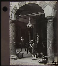 Glass Magic Lantern Slide STREET SCENE C1920 PHOTO NORTHERN ITALY ? NO52