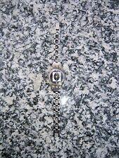 Swatch Damenuhr Silber und weiss für schmales Handgelenk Länge: 17 cm