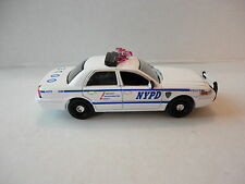 GREENLIGHT Ford Crown Vic NYPD car with different wheels 1/64