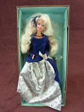 1995 Avon Exclusive Winter Velvet BARBIE First In Series Mattel 15571 (161)