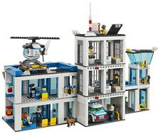 LEGO City Police Station 60047 - 854 Pieces - Brand NEW