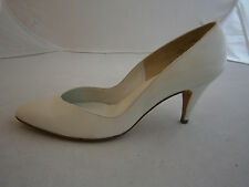 "DELMAN IVORY SIZE 9 AA NARROW WEDDING FORMAL DRESS HEELS SHOES LEATHER 3"" PUMPS"