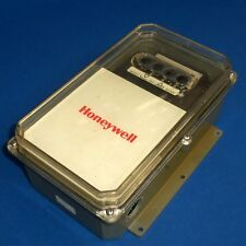 HONEYWELL 240VAC 220F ELECTRONIC REMOTE TEMPERATURE CONTROLLER, T775G1013
