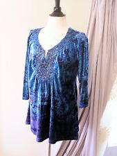 One World 1X Blue Floral Velour Knit Top