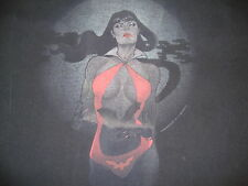 Vampirella sexy vampire heroine comic book black Halloween T Shirt Men's Size L