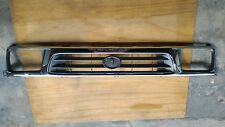 TOYOTA HILUX PICKUP 2WD 1997-2001 CHROME PAINT GRILLE GRILL with CLIPS