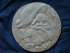 GNOME SLEEPING CONCRETE CEMENT PLASTER STEPPING STONE MOLD 1151
