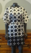 BCBG MAX AZRIA Black White Circle Geo Print Short Sleeve Belted Shift Dress - M