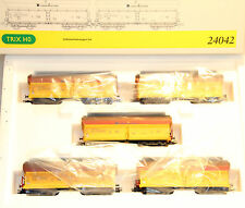 """Trix 24042, Selbstentladewagen-Set """"Eisenbahn und Häfen GmbH"""", Ovp. h83"""