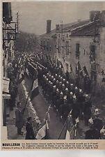 1952  --  MOUILLERON  LES SAINT CYRIENS RENDENT DES HONNEURS A DE LATTRE  3E925