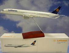 Limox Wings 1:200 Airbus A350-900 Lufthansa D-AIXA  LH37 + Herpa Wings Katalog