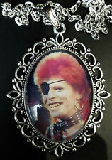 David Bowie Ziggy Large Antique Silver Pendant Necklace Music Eye Patch 1974