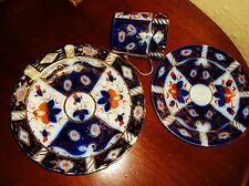 STUNNING IMARI FLOW BLUE GILDED COFFEE CAN TRIO SUPERB COLOUR