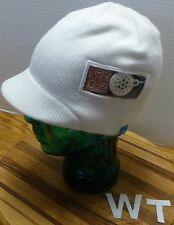 BULA IVORY KNIT SNOW HAT WITH EAR PHONE! FLEECE LINED, OSFM . . SHORT BRIM! EUC!