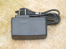 Fluke Scopmeter AC Adapter/Charger for ScopeMeters Series 92 thru 99,105,123/4/5