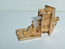 VINTAGE 9k GOLD SWISS CABIN HOME HOUSE CHARM it opens up to alpine horn player