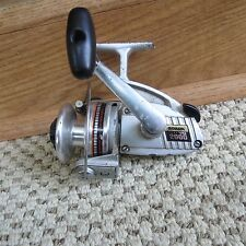 Olympic Spark VO2000 fishing reel made in Japan  (lot#7235)
