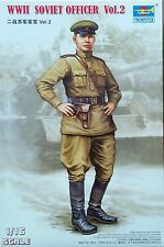 TRUMPETER® 00704 WWII Soviet Army Officer Vol.2 in 1:16