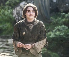 Maisie Williams UNSIGNED photo - E420 - Game of Thrones