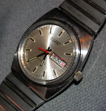 Vintage Men's Watch Le Gant Silver Stainless Steel Date Swiss Made NEW BATTERY!