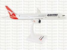 Hogan Wings 1:200,QANTAS, Boeing B787-9, With Gears and Stand,4111