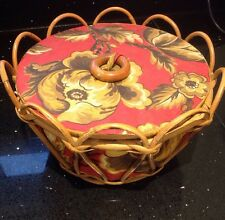 NICE QUALITY VINTAGE ROUND WICKER SEWING BASKET LINED FLORAL FABRIC