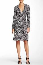 Diane Von Furstenberg NEW JEANNE TWO HALO PETALS BLACK WRAP JERSEY DRESS sz 2