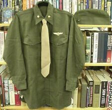 Shirt, Green Wool w/wings, Field Scarf & cover w/ EGA USMC post WWII and Korea