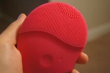 Nazelle Silicone Facial Cleansing Brush - Exfoliate, Cleanse, and Massage