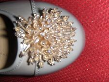 BRAND NIB, COMFORTVIEW TAUPE, SLIP ON SHOES W/BEADED BLING FLOWER SZ10W OR 9.5W