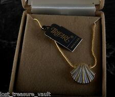 "Vintage Ladies Necklace Trifari Signed Clam Shell NIB 16"" Gold Plated Chain Jewe"