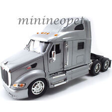JADA 23150 ROADRIGZ PETERBILT MODEL 387 TRACTOR 1/32 DIECAST MODEL CAR SILVER