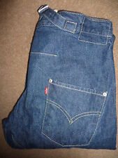 LEVIS TYPE 2 TWISTED ENGINEERED JEANS MEDIUM BLUE W30 L32 LEVD459